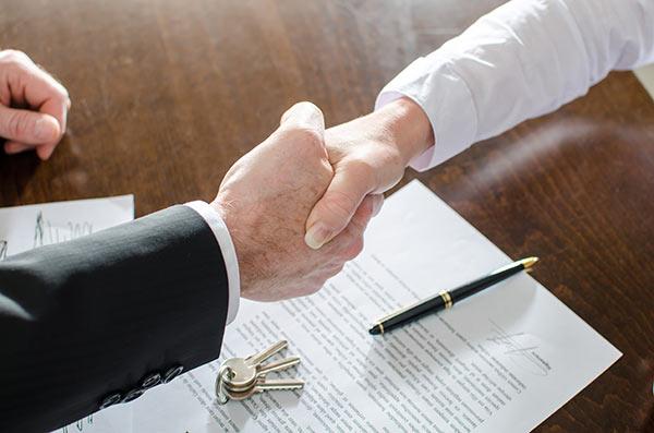 什么情况下劳动合同到期也不能终止合同?